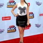 laura-marano-2015-radio-disney-music-awards-in-los-angeles_11