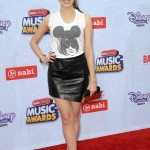 laura-marano-2015-radio-disney-music-awards-in-los-angeles_2