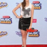 laura-marano-2015-radio-disney-music-awards-in-los-angeles_6