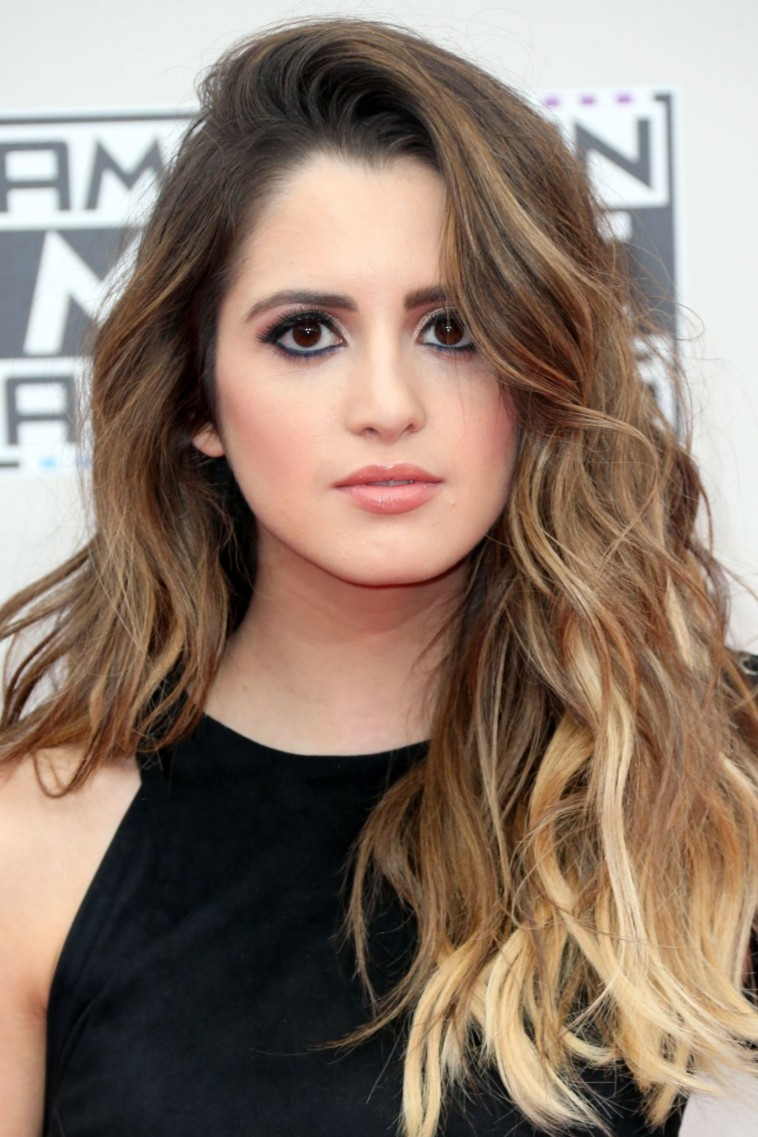laura-marano-at-2016-american-music-awards-at-the-microsoft-theater-in-los-angeles-05